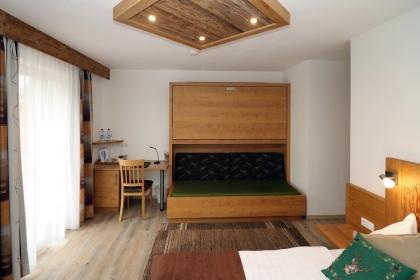 Familienzimmer (2)